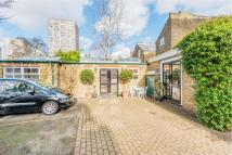 Flat for sale in Bridge Lane, London, SW11