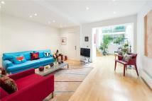 4 bedroom Terraced house in Shalcomb Street, London...