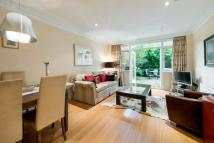 4 bed Terraced house in Walton Street, London...
