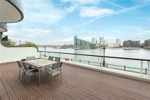 Flat for sale in Admiral Court...