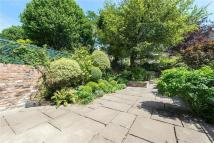 5 bed Terraced property for sale in Argyll Road, London, W8