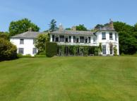 6 bedroom Detached property in Southampton Road, Boldre...