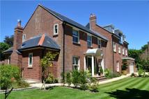 5 bed Detached property for sale in Grove Pastures...