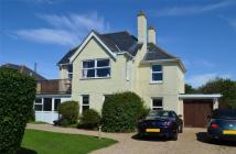 4 bed Detached property for sale in West Road...
