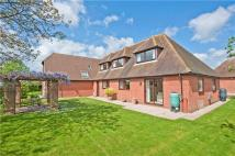 6 bed Detached house for sale in The Turnpike...