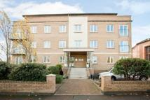 2 bedroom Flat in Victoria Gardens...