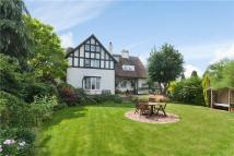 6 bed Detached home for sale in Jackson Drive...