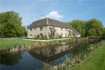 6 bedroom Detached house for sale in Standlake, Witney...