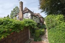 Detached home in West Road...