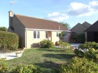 2 bed Bungalow for sale in Woodhall Drive, Sandown...