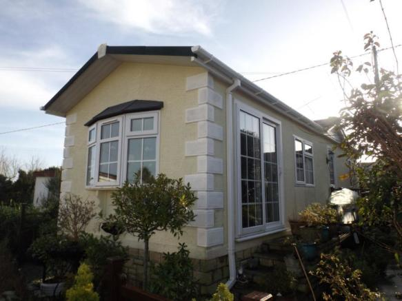 2 Bedroom Mobile Home For Sale In Rose The Bush Park Mawgan