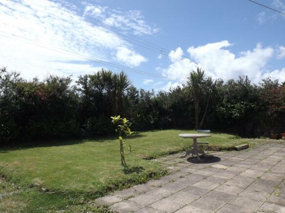Garden and patio.