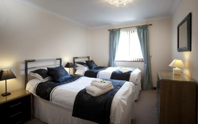 Coach House Bedroom2