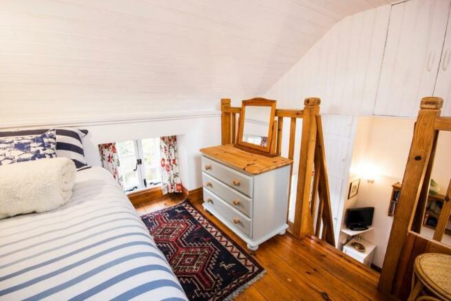 Elm Barn bedroom