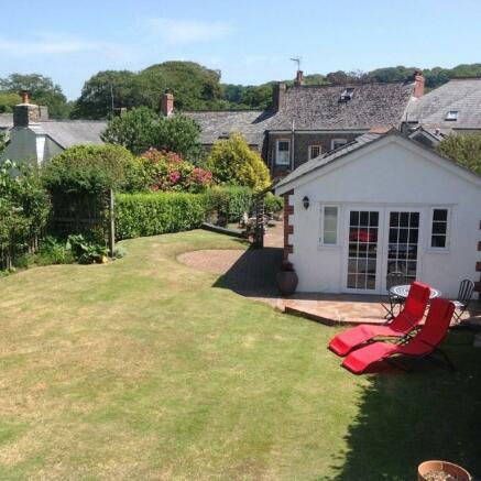 Garden and carthouse