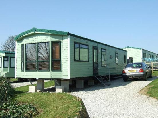 2 Bedroom Mobile Home For Sale In Greenbottom Truro Cornwall Tr4
