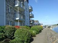 2 bed Flat in Town Quay, Harbour Road...