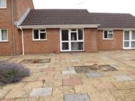 Bungalow in Reine Barnes Close...