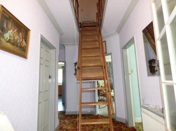 Disapearing Staircas