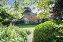 5 bedroom Detached home in Northampton Road...