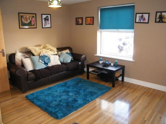 Open Plan Lounge / K