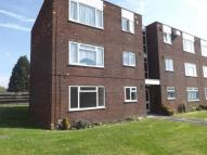 2 bedroom Flat in Littleton Court...