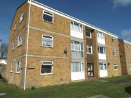 Flat in Larch Way, Patchway...