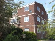 Flat in Fir Tree Close, Patchway...