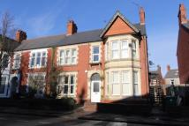 4 bedroom semi detached house in Albany Road, Roath...