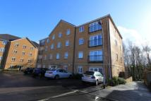 2 bed Flat in Wyncliffe Gardens...