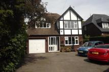 4 bedroom Detached home in Grove Lane...