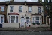 1 bed Flat in Stork Road, Forest Gate...