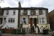 Maisonette for sale in Maud Road, London