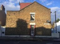 2 bed Maisonette for sale in Cruikshank Road, London