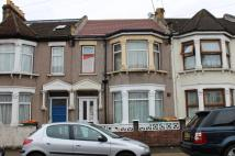 1 bed Flat for sale in Whyteville Road, London