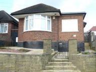 3 bed Bungalow in Elton Avenue, Barnet, EN5