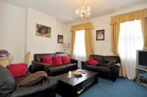 2 bedroom Maisonette for sale in Kinnoul Road...