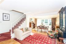 3 bedroom Terraced house in Chesson Road, London, W14