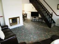 4 bed semi detached property in Thompson Road, Denton...