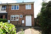 3 bed semi detached home to rent in Robin Crescent...