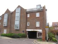 2 bed Flat to rent in Carrington Court...