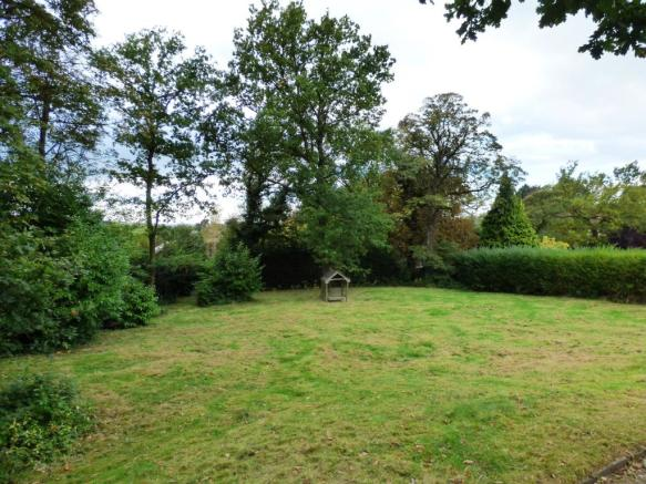 Approx 1/2 Acre Plot