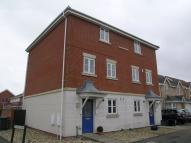 Town House to rent in Montagu Close, Gosport