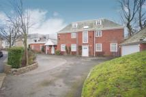 8 bedroom Detached property in Nevile Road, Salford...