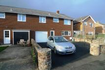 4 bedroom semi detached property in Gernant, Llanrhaeadr...