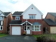 Detached property to rent in Denbigh