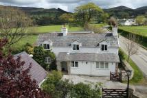 Llandyrnog Detached house for sale