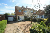 semi detached house in Limes Avenue, Aylesbury