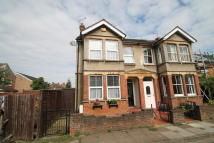 3 bed semi detached home in Ascott Road, Manor Park...