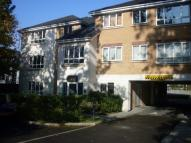 2 bedroom Apartment in Three Bridges, Crawley